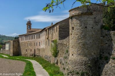 Bevagna Borgo antico mura città