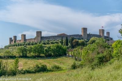 Monteriggioni le mura le torri di Monteriggioni
